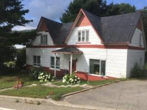 21449180 - Maison à 1 étage et demi à vendre