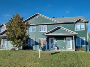 9678795 - Maison à étages à vendre