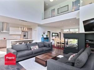 18311091 - Maison à étages à vendre