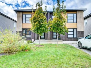 10516986 - Cottage-jumelé à vendre