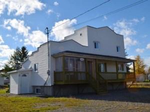 13716147 - Maison à étages à vendre