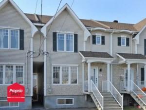 17718307 - Maison à étages à vendre
