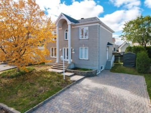 19037044 - Maison à étages à vendre
