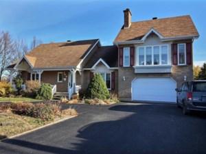 14074142 - Maison à étages à vendre