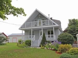 25407749 - Maison à étages à vendre