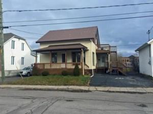 15380935 - Maison à étages à vendre