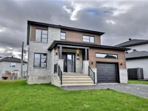 17952868 - Maison à étages à vendre
