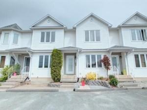 13632694 - Maison à étages à vendre