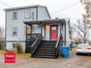 14839880 - Maison à étages à vendre