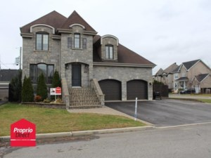 28178166 - Maison à étages à vendre