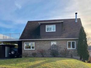 10695590 - Maison à étages à vendre