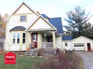 23969844 - Maison à étages à vendre