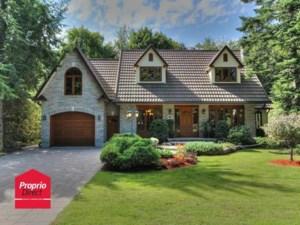 26977356 - Maison à étages à vendre