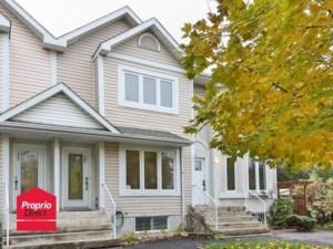 12258216 - Maison à étages à vendre