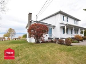 21927297 - Maison à étages à vendre