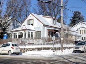 24517789 - Maison à étages à vendre