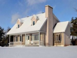 24787285 - Maison à étages à vendre