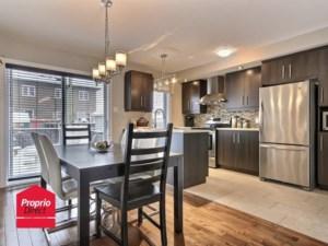 21117976 - Maison à étages à vendre