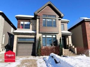 15507715 - Maison à étages à vendre