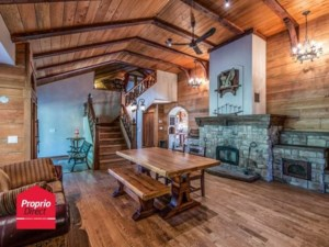 19007051 - Maison à étages à vendre