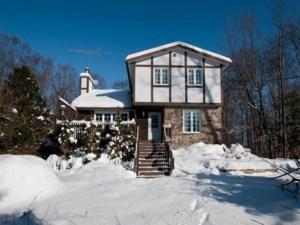 18151309 - Maison à étages à vendre