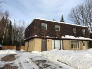 28196207 - Cottage-jumelé à vendre