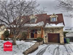 15103950 - Maison à étages à vendre