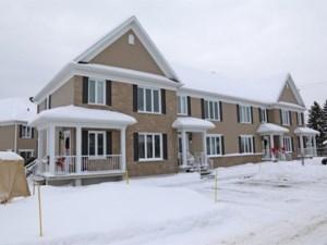 14122868 - Maison à étages à vendre