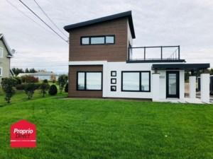 21168273 - Maison à étages à vendre