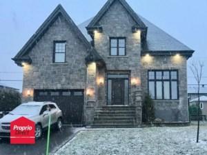 17978767 - Maison à étages à vendre