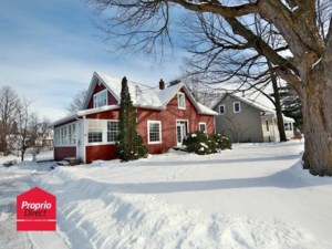 9949228 - Maison à étages à vendre