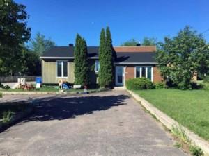 23868622 - Maison à paliers à vendre