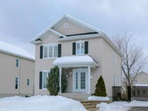 13780759 - Maison à étages à vendre
