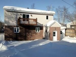 16376094 - Maison à étages à vendre