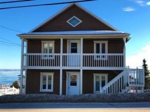 22834709 - Maison à étages à vendre