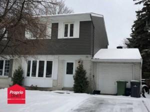 12046391 - Maison à étages à vendre
