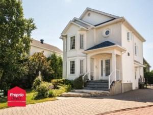 16823886 - Maison à étages à vendre