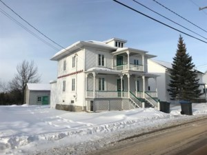 28192488 - Maison à étages à vendre