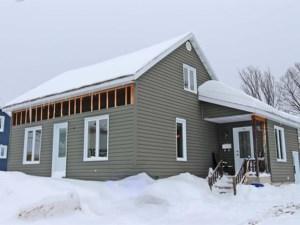 18323151 - Maison à 1 étage et demi à vendre
