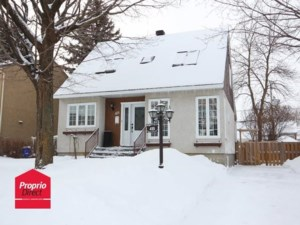 18143985 - Maison à étages à vendre