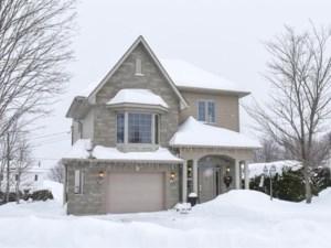 13908160 - Maison à étages à vendre