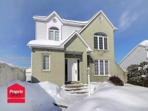 15927858 - Maison à étages à vendre