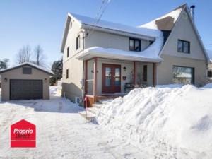 27401131 - Maison à étages à vendre