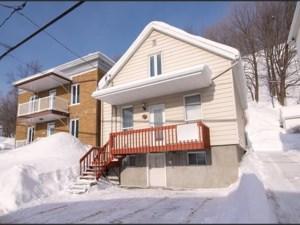 12129164 - Maison à étages à vendre