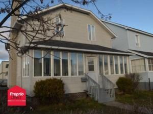21589945 - Maison à étages à vendre