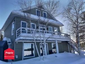 24074166 - Maison à étages à vendre