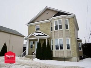 25339317 - Maison à étages à vendre