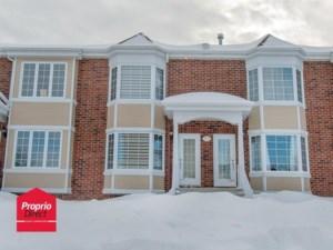 22586591 - Maison à étages à vendre