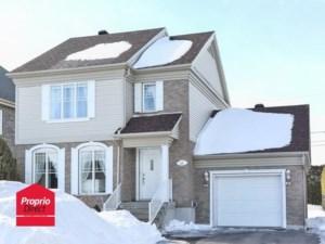 21268765 - Maison à étages à vendre