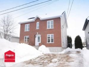14325447 - Maison à étages à vendre